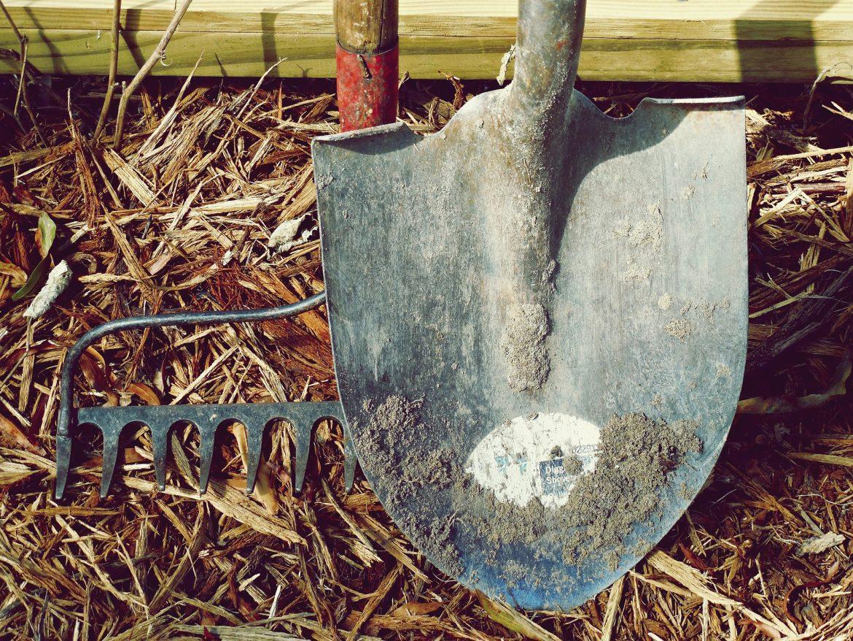 Comment réparer, entretenir et réutiliser les outils de jardin