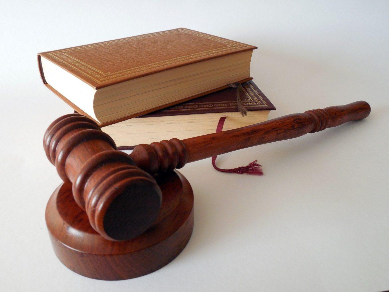5 raisons pour lesquelles vous devez engager un avocat pour votre entreprise