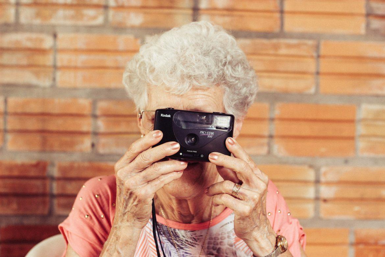 3 entreprises qui œuvrent contre la perte d'autonomie des seniors