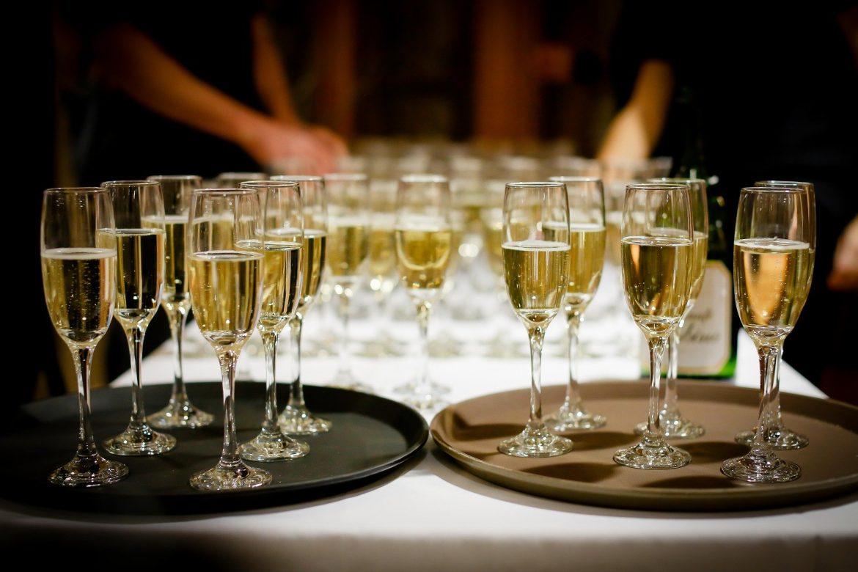 Idées de soirées pour célibataires : Organiser une fête inoubliable